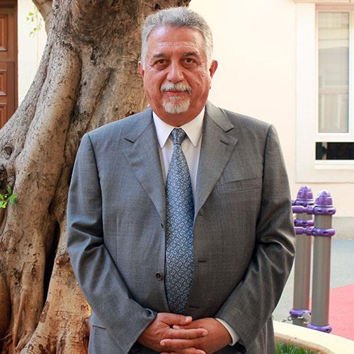Dr. Nadim Daouk