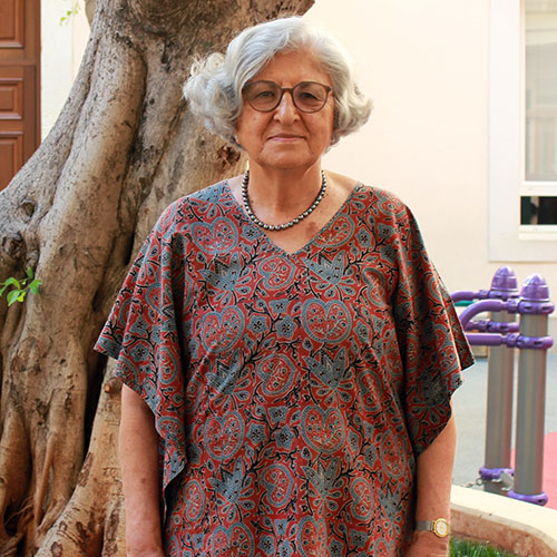 Dr Huda Zurayk